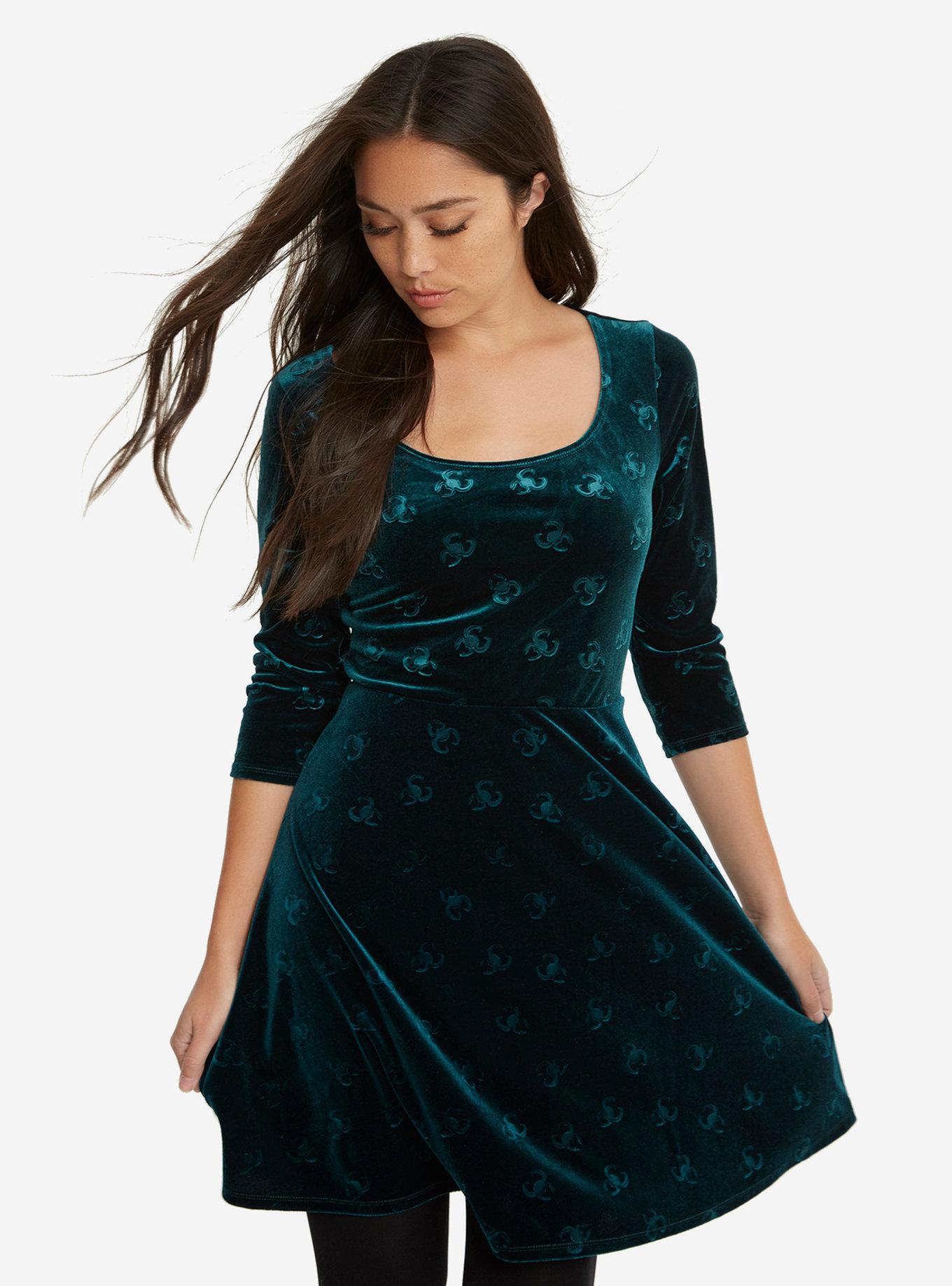 loki-velvet-dress.jpeg