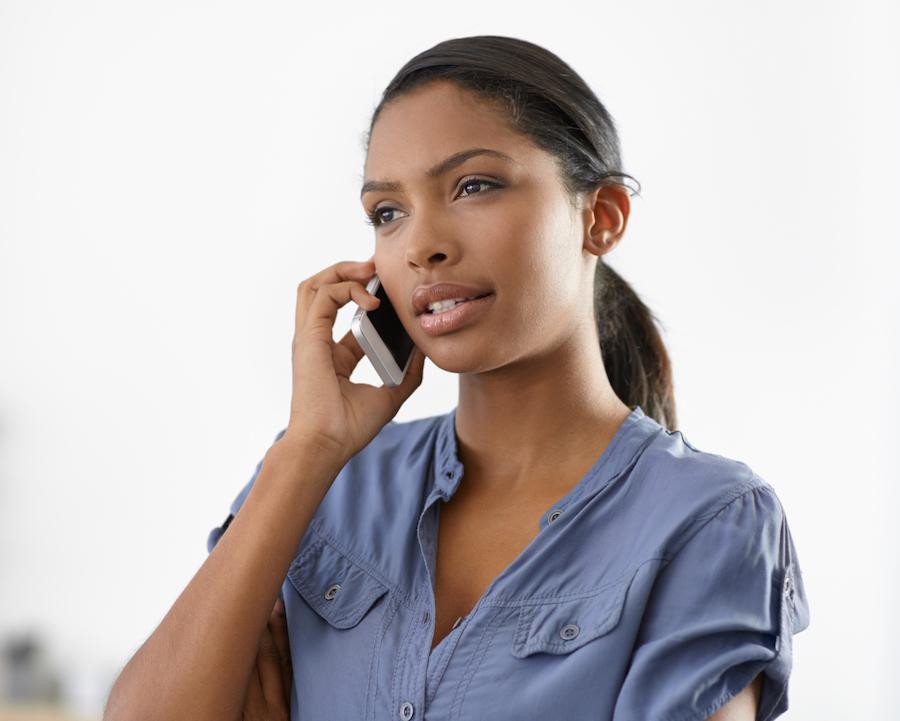 woman calling senators