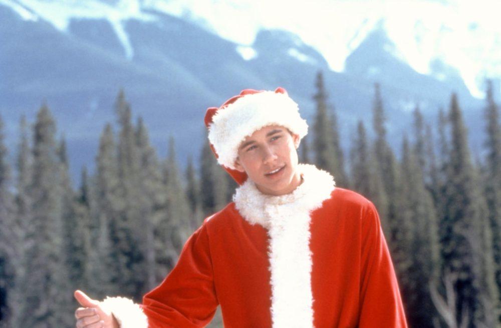 hulu i'll be home for christmas