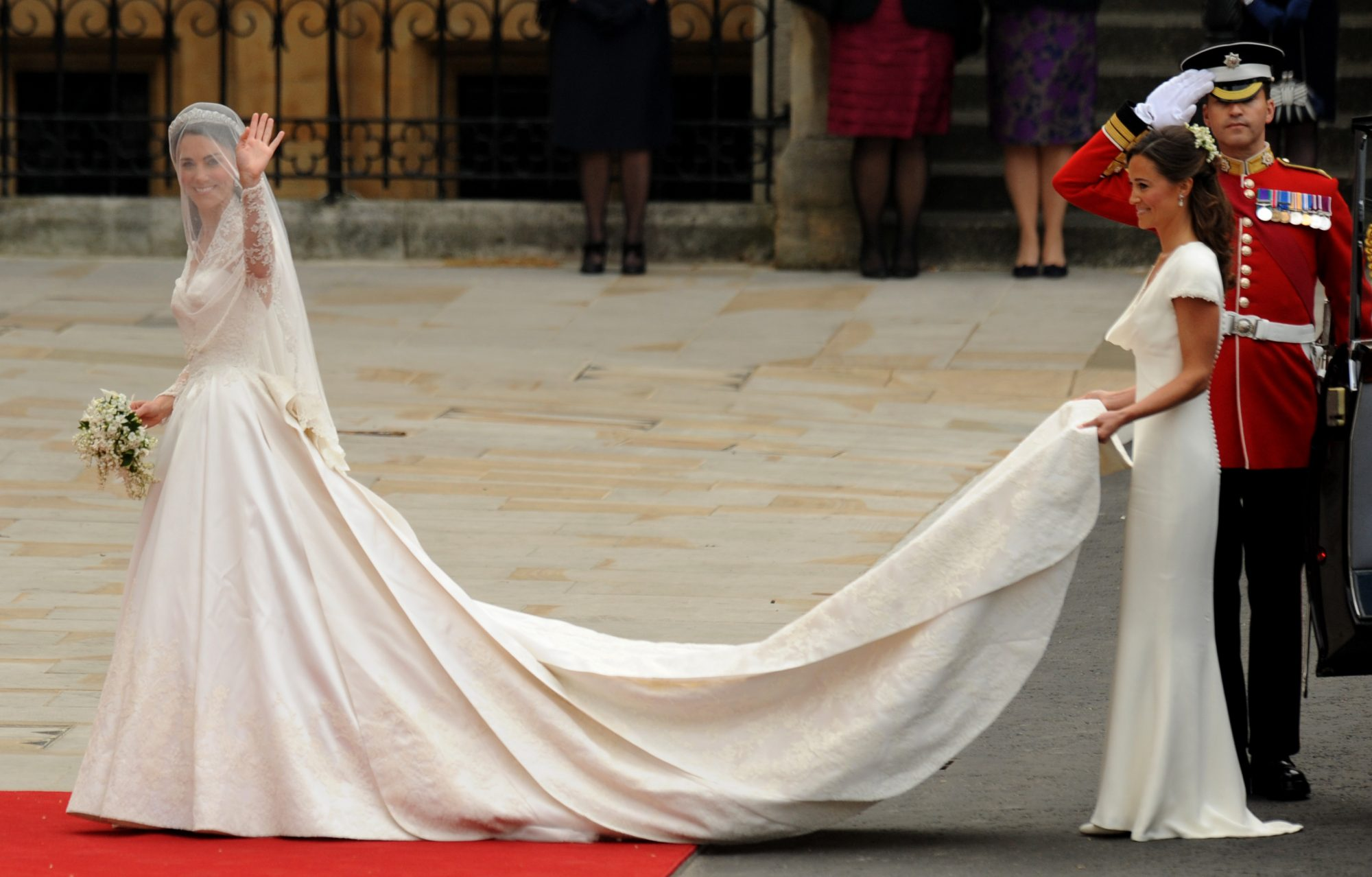 kate-middleton-wedding-dress.jpg