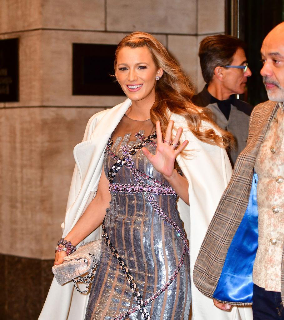 Blake Lively leaves Four Seasons Hotel New York on October 16, 2017