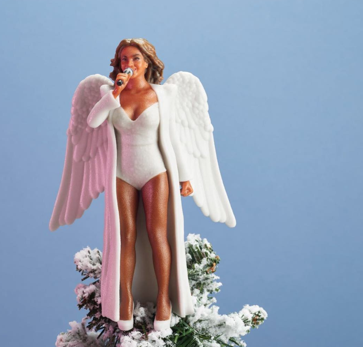 Picture of Beyoncé Christmas Tree Topper