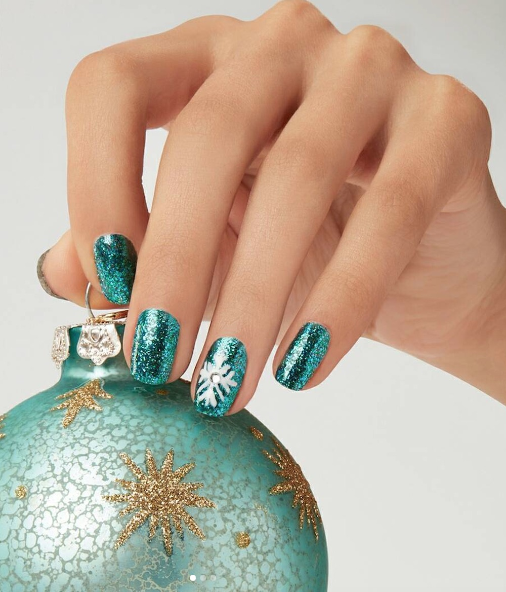 holidaynails