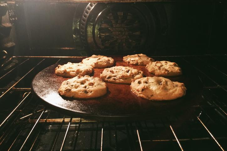 cookiesoven.jpg