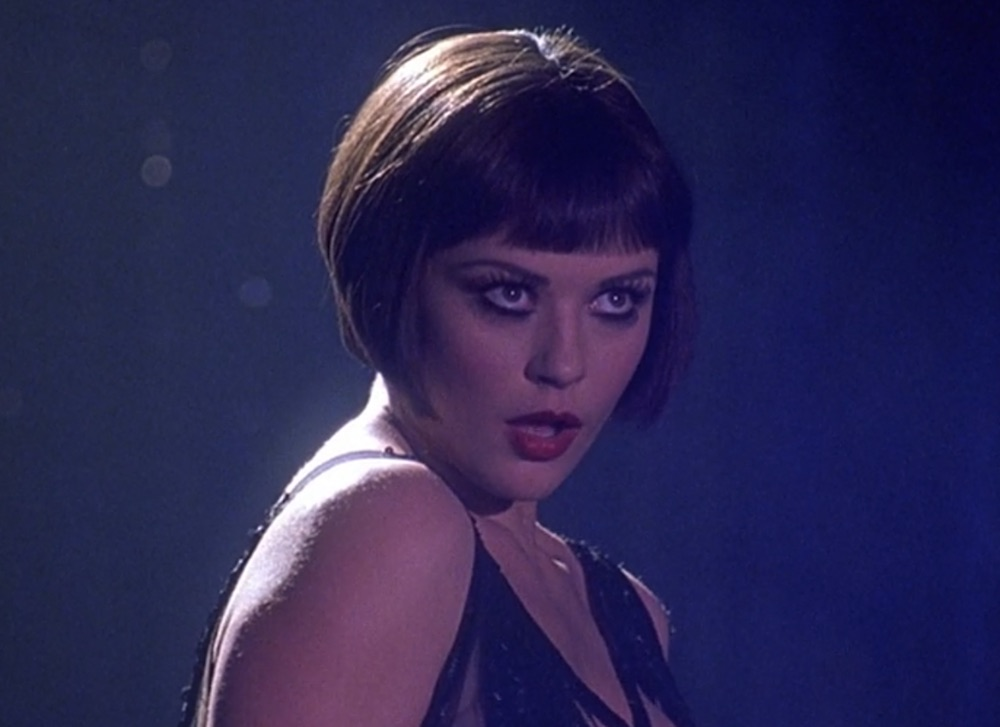 Velma Kelly S Makeup Look