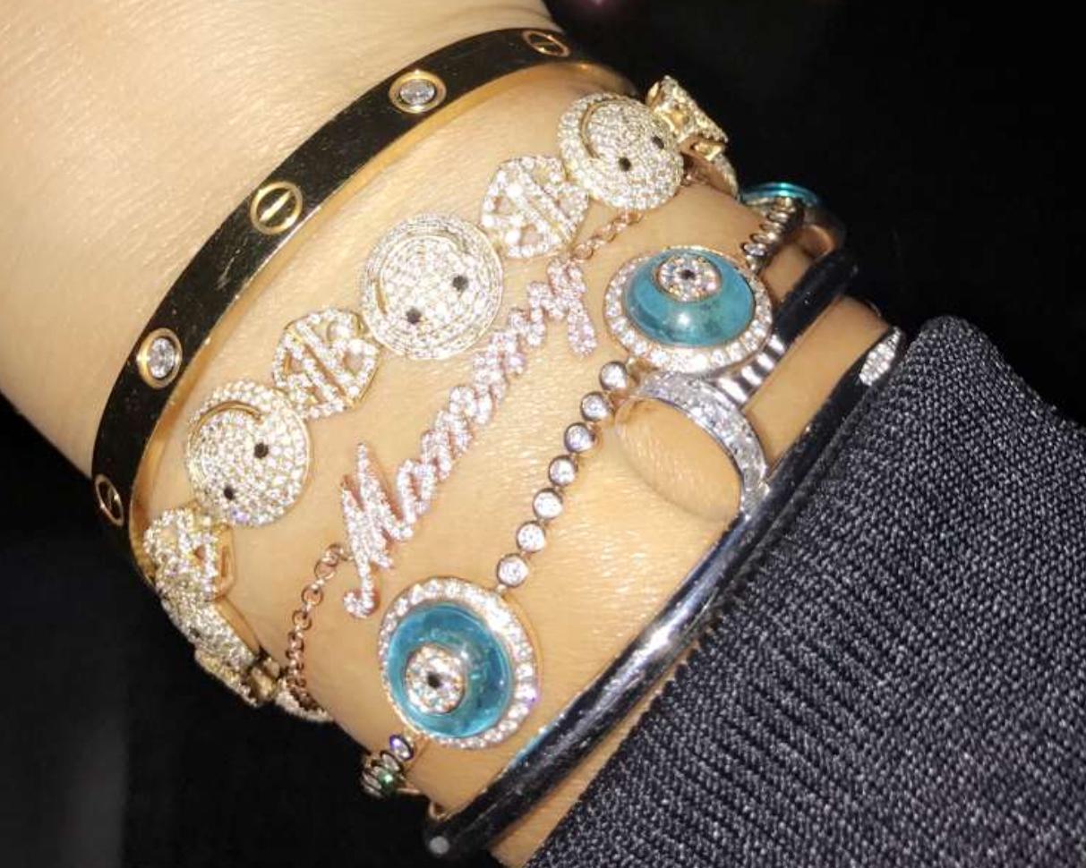 Picture of Khloé Kardashian Mommy Bracelet Crop