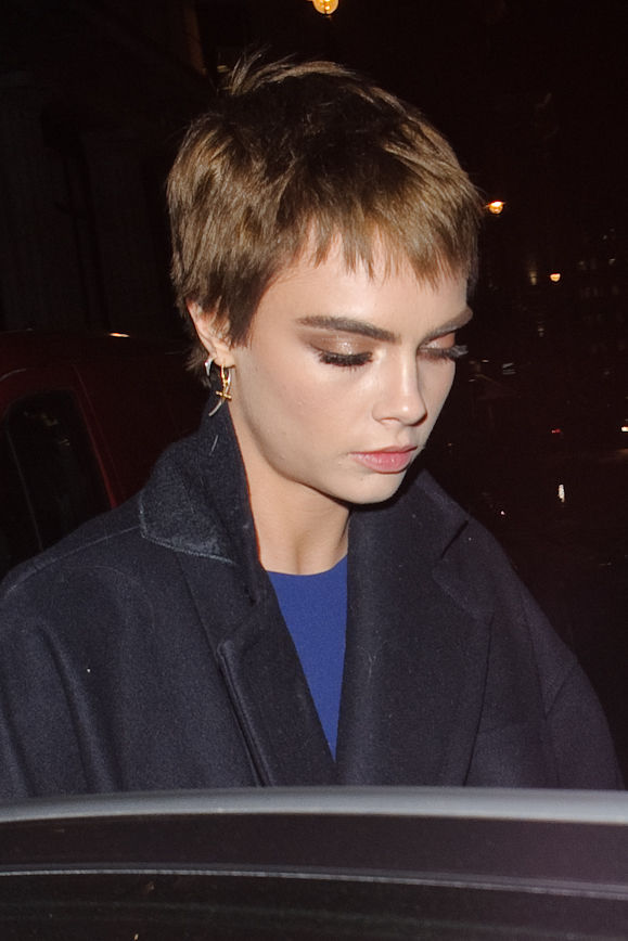 cara-delevingne-hair-short.jpg