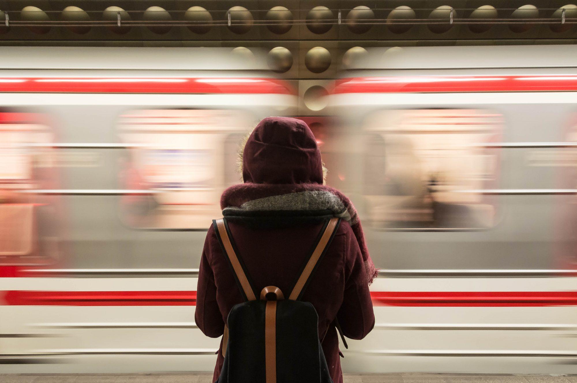 women-train