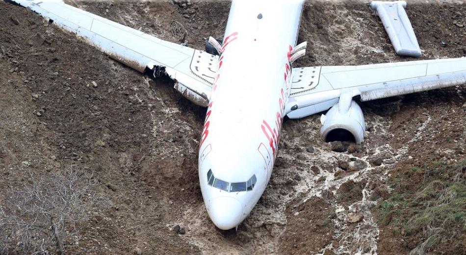 pegasus-plane-off-runway