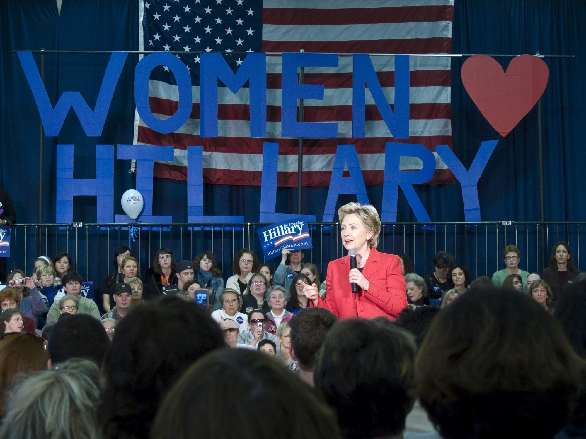 hillary-clinton-campaign.jpg