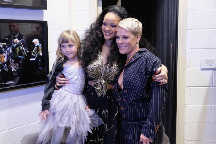 Pink Rihanna Willow Grammys