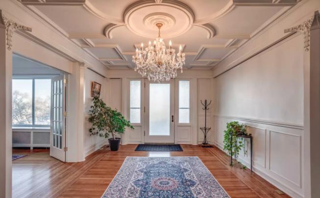 airbnb-super-bowl-rental-four.png