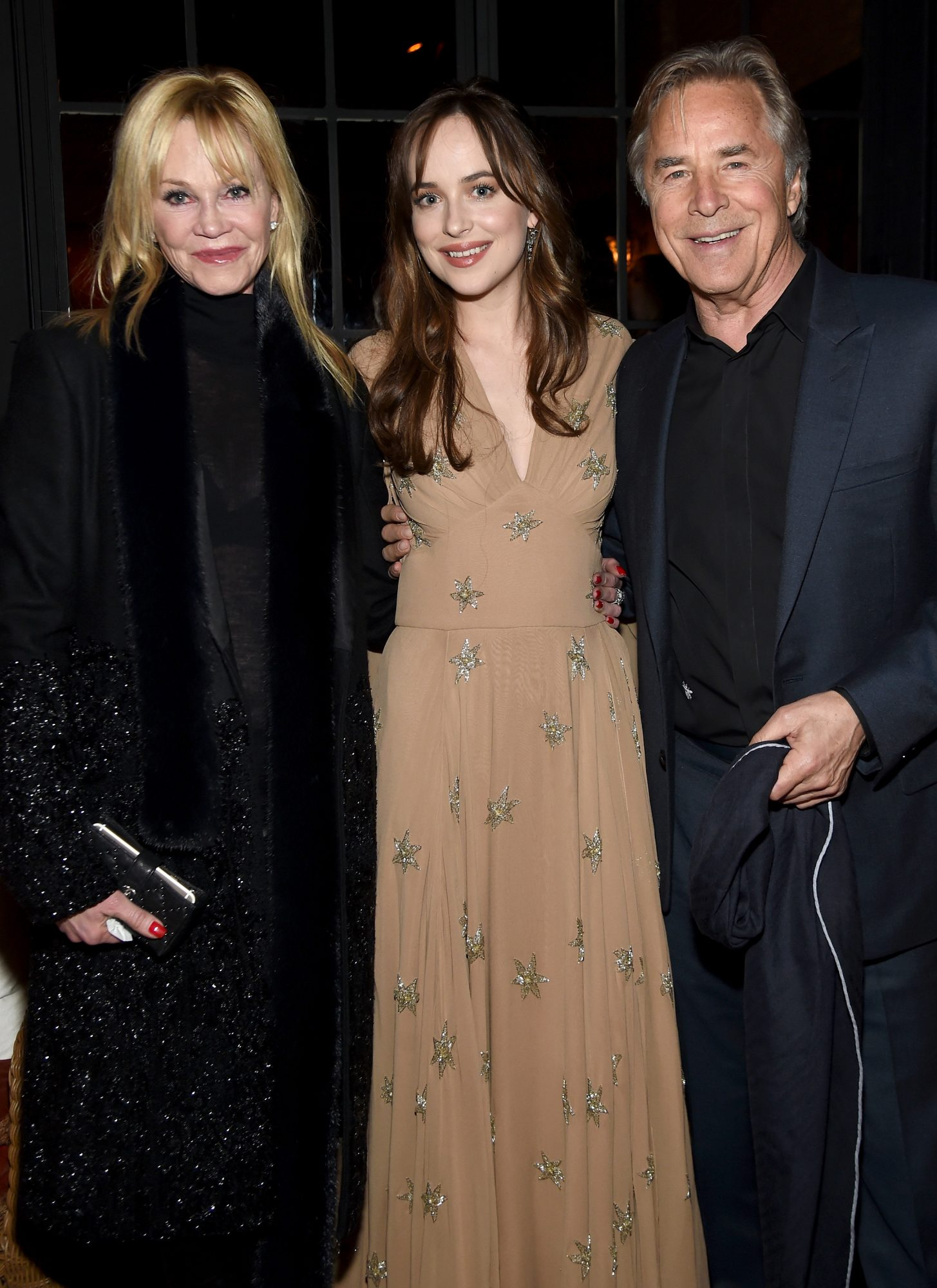 dakota-johnson-and-parents.jpg