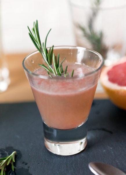 Grapefruit-Cocktail-e1518529090833.jpg