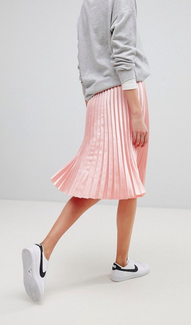 PLEATED-PINK-SKIRT.png