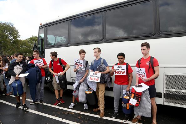 parkland-students-bus.jpg