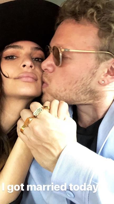 picture-of-emily-ratajkowski-wedding-kiss-photo.jpg