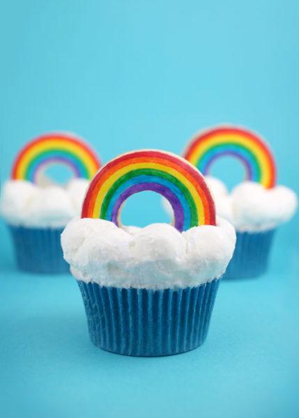 rainbow-cupcakes-e1520626239546.jpg