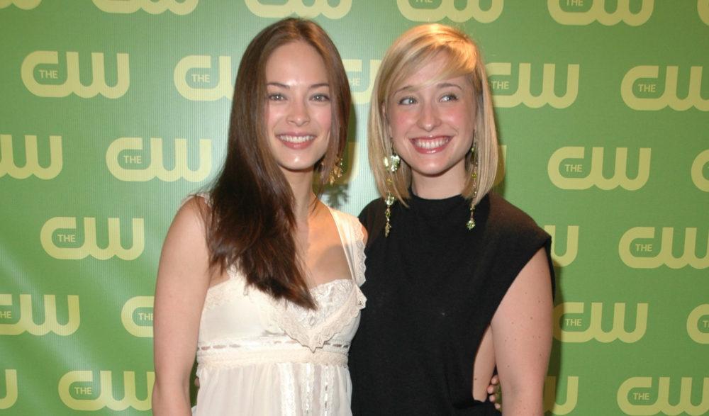 Kristin Kreuk and Allison Mack Smallville