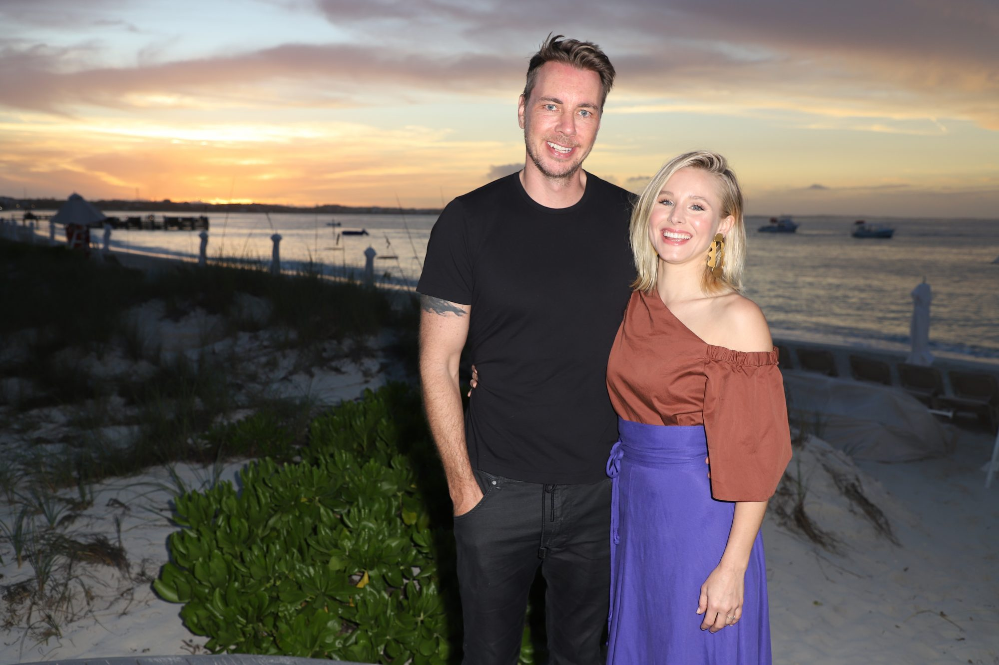 Image of Kristen Bell and Dax Shepard