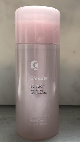Glossier-solution-closed.jpg