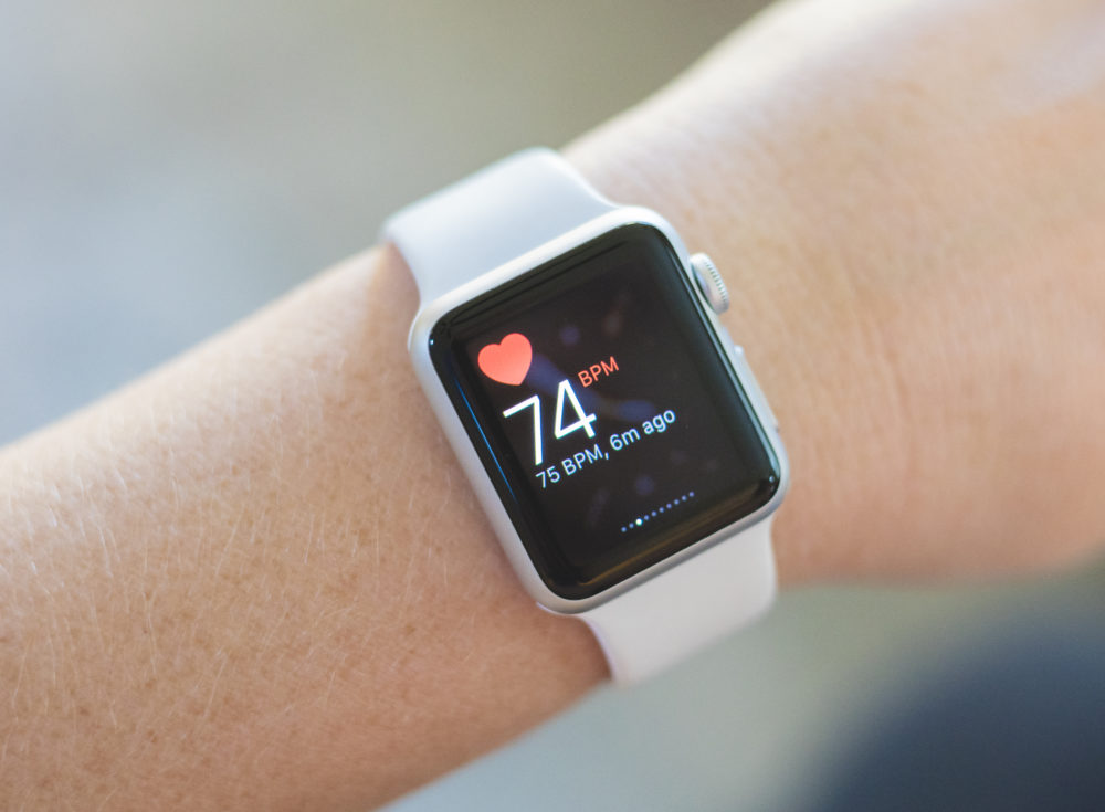 Image of an Apple Watch detecting heart rate