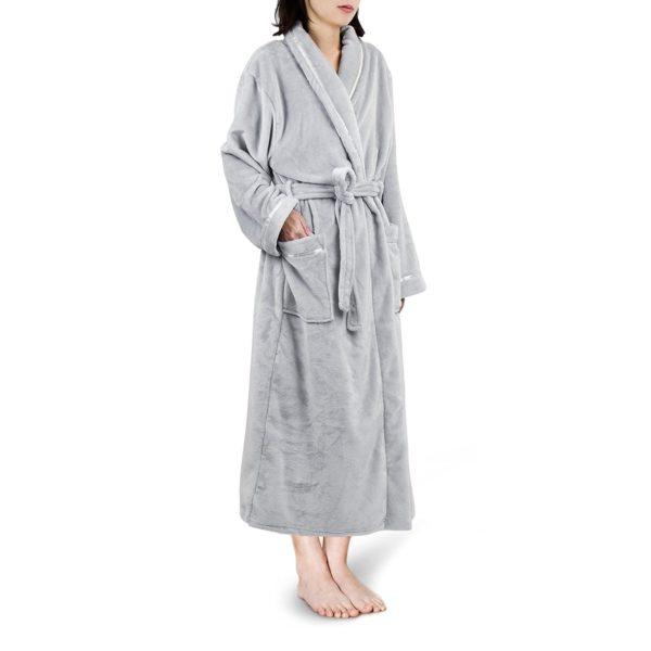 robe-e1542653622256.jpeg