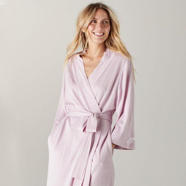 robe-e1525107769689.jpg