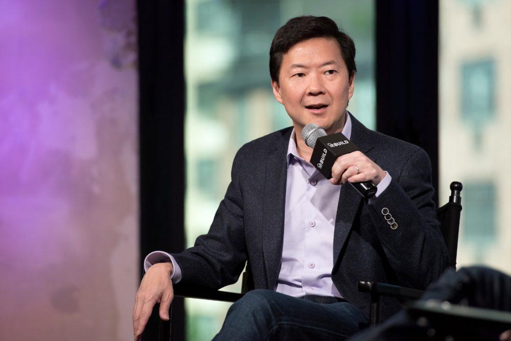 Ken Jeong helps audience member