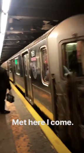 nick-jonas-subway-to-met.png