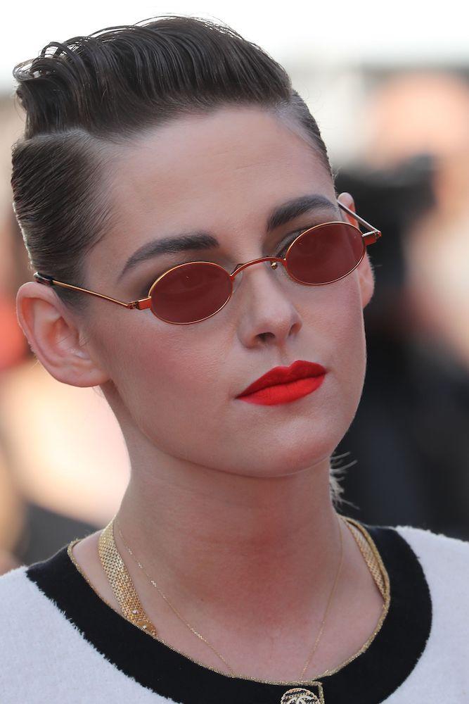 Kristen-stewart-tiny-glasses-cannes.jpg