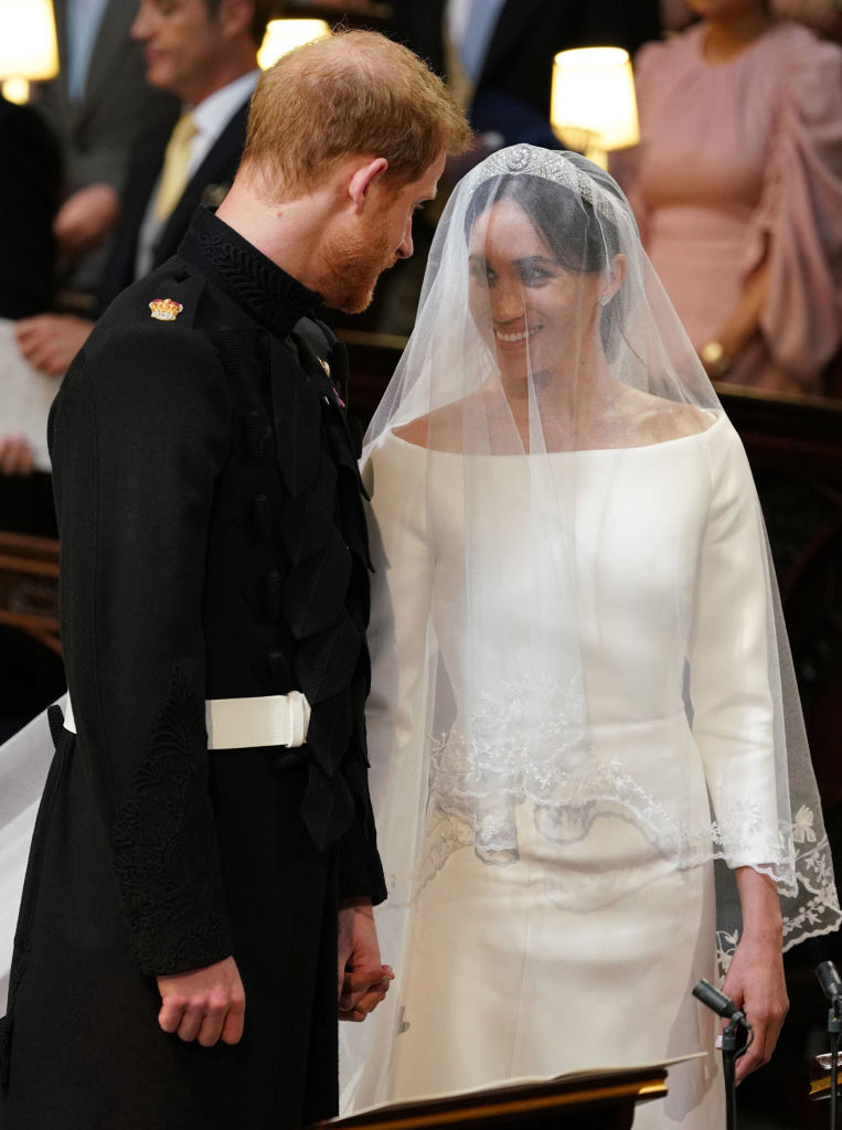 picture-of-harry-meghan-ceremony-holding-hands-photo.jpg