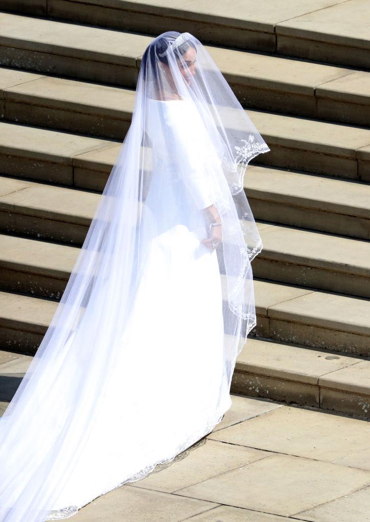 picture-of-meghan-markles-wedding-dress-full-photo.jpg