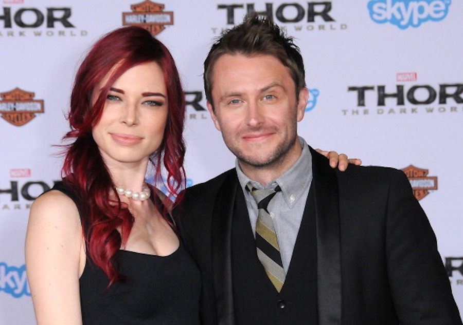 """Chloe Dykstra and Chris Hardwick at """"Thor"""" premiere in 2013"""