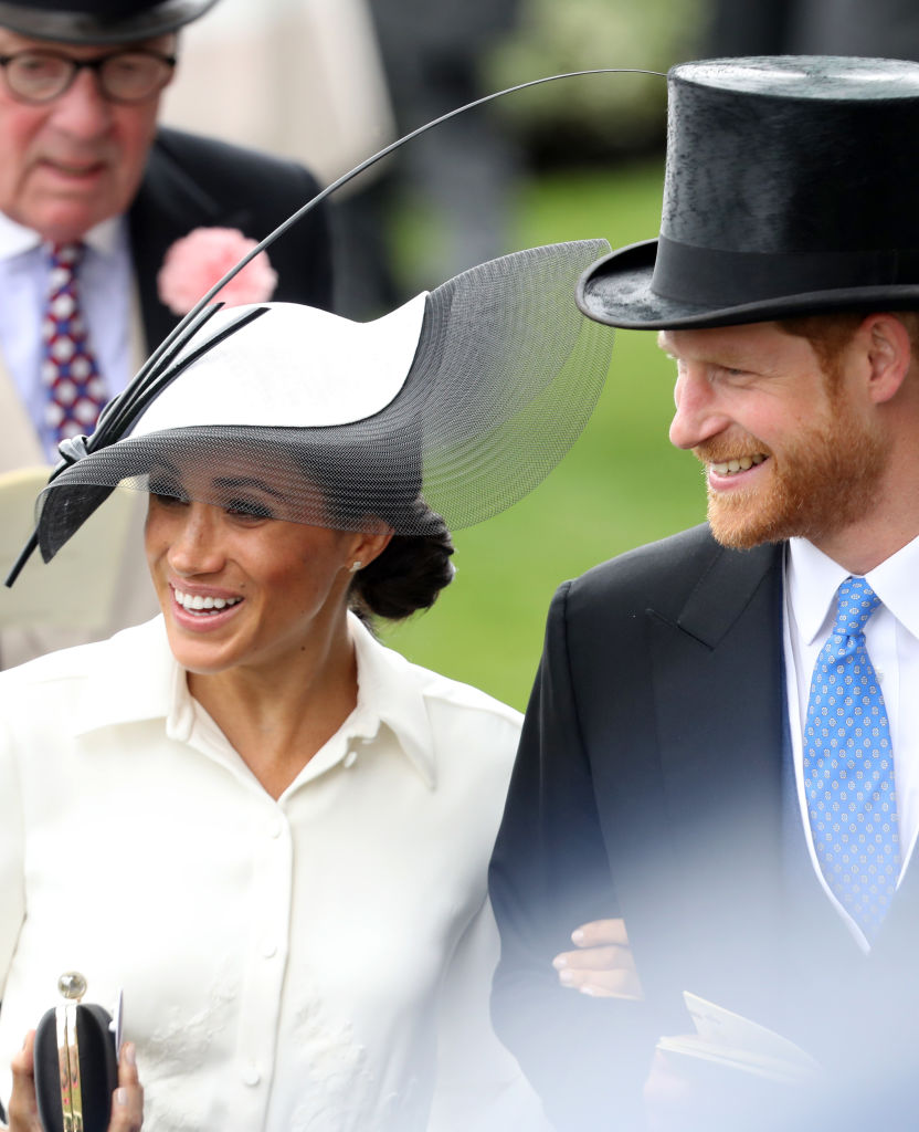 meghan-markle-royal-ascot-hat.jpg