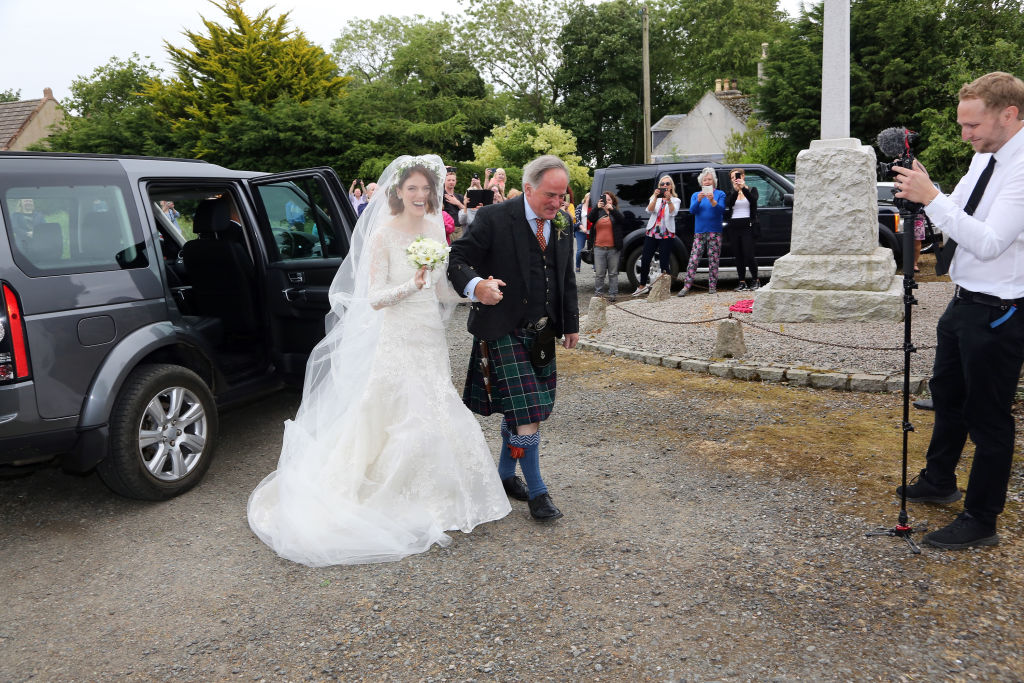 picture-of-rose-leslie-wedding-dress-photo.jpg