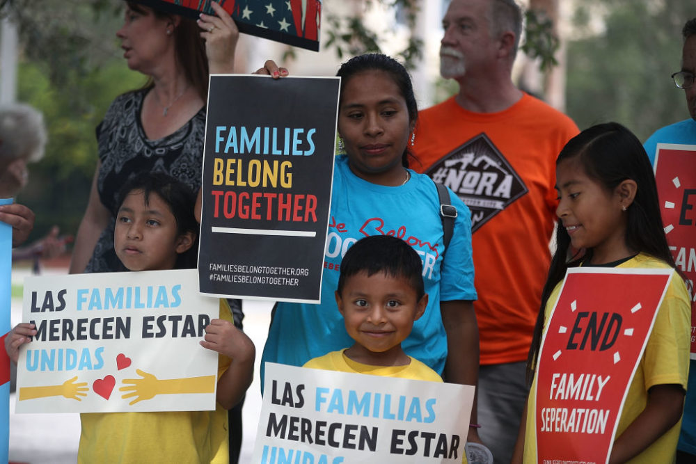 Judge orders U.S. government to reunite immigrant families