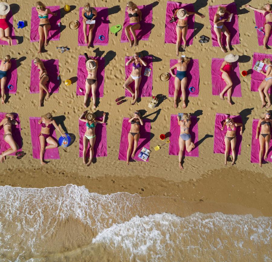 women-beach-e1530556800888.jpg
