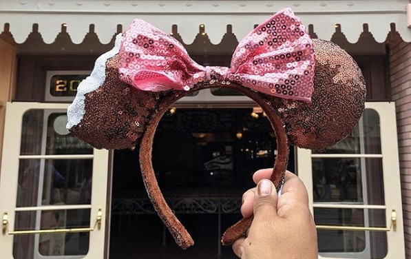 Picture of Minnie Mouse Ice Cream Bar Ears