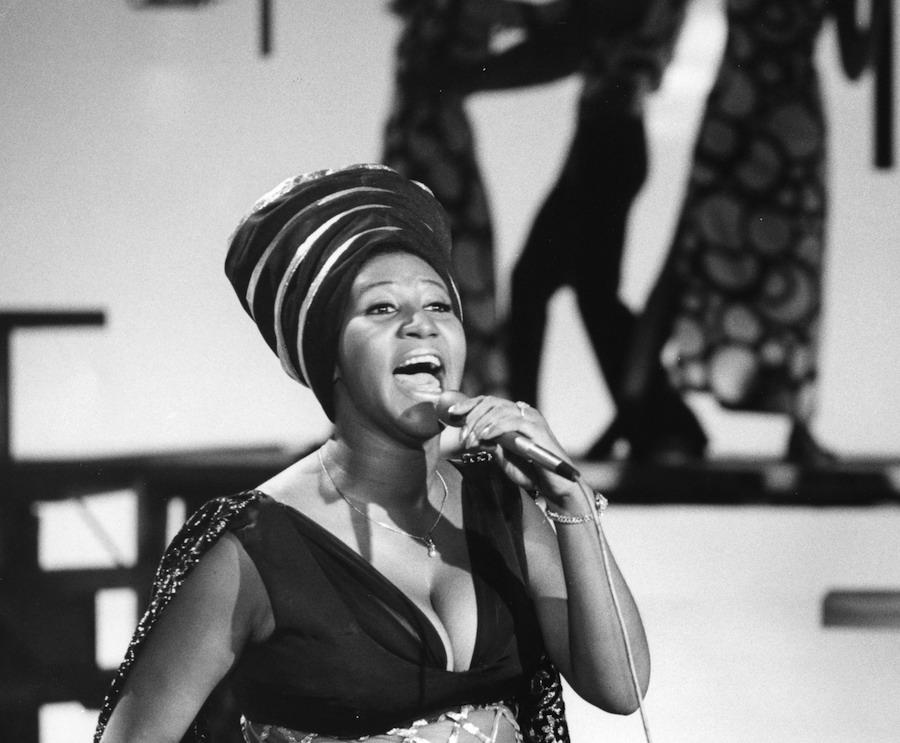 Aretha Franklin performing, 1970