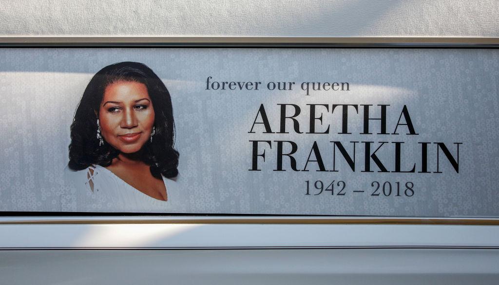 aretha-franklin-hearse.jpg