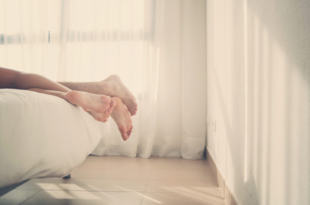 feet-bed-e1538422764719.jpg