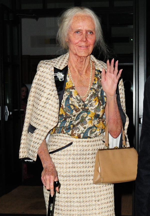elderly-woman-e1539103178905.jpg
