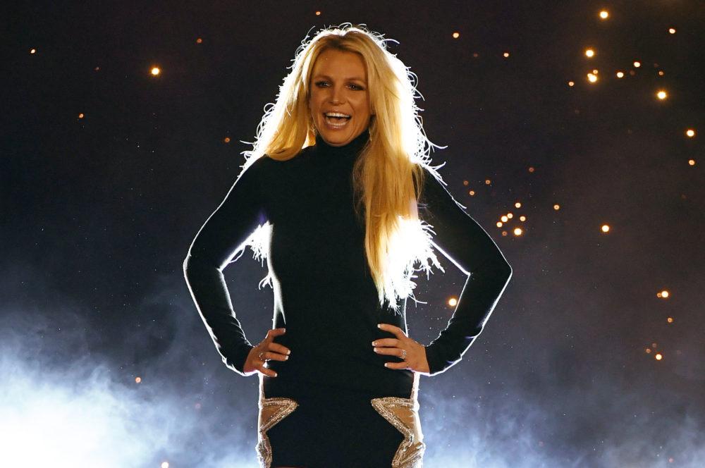 "Britney Spears Will Return To Vegas In 2019 For ""Domination"" Residency    HelloGiggles"