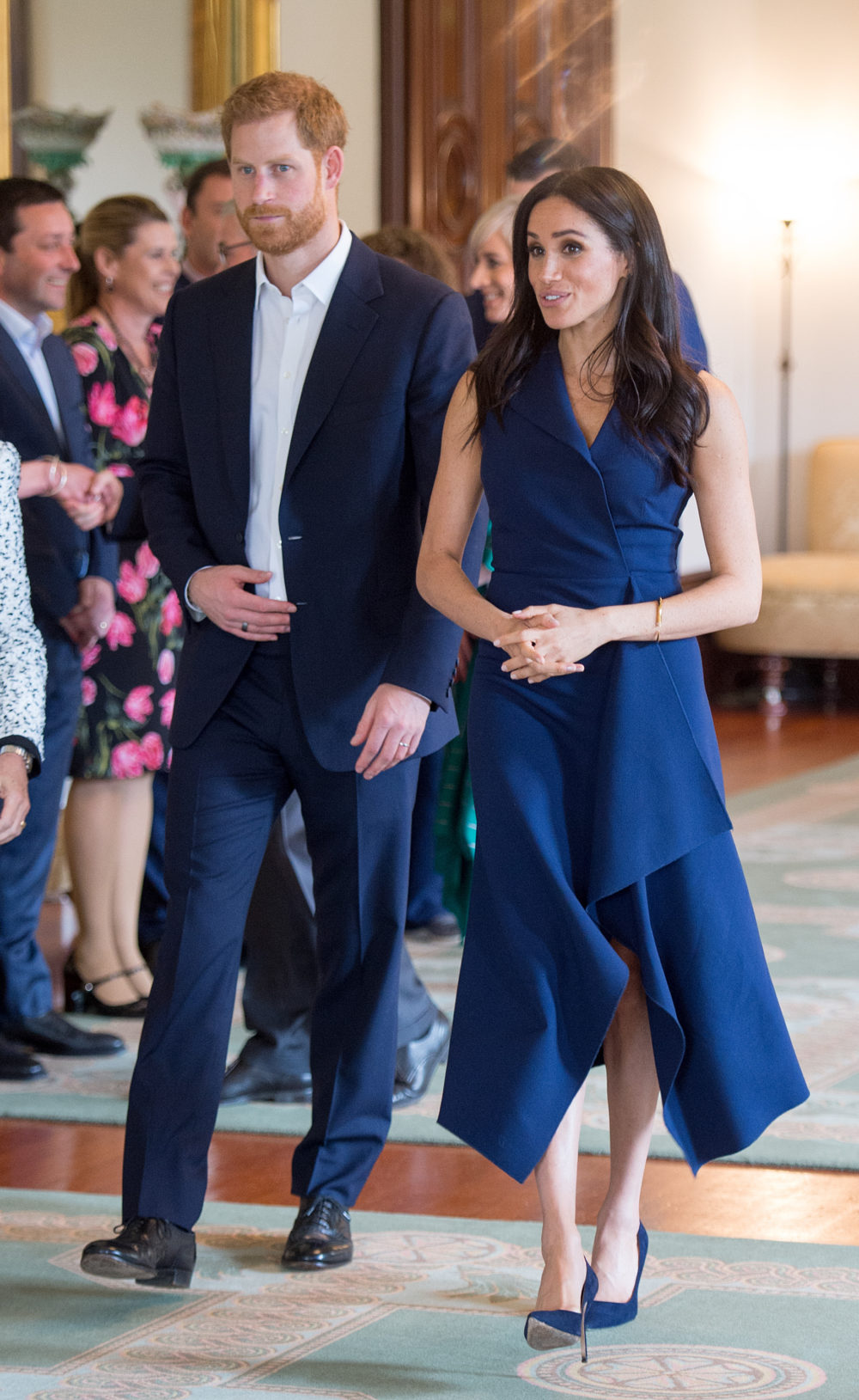 meghan-markle-dion-lee-dress-e1541440478901.jpg