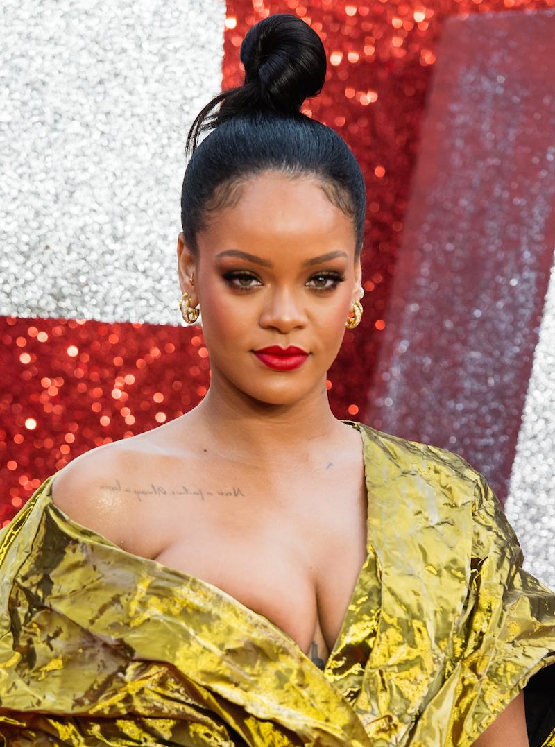 Rihannagold.jpg