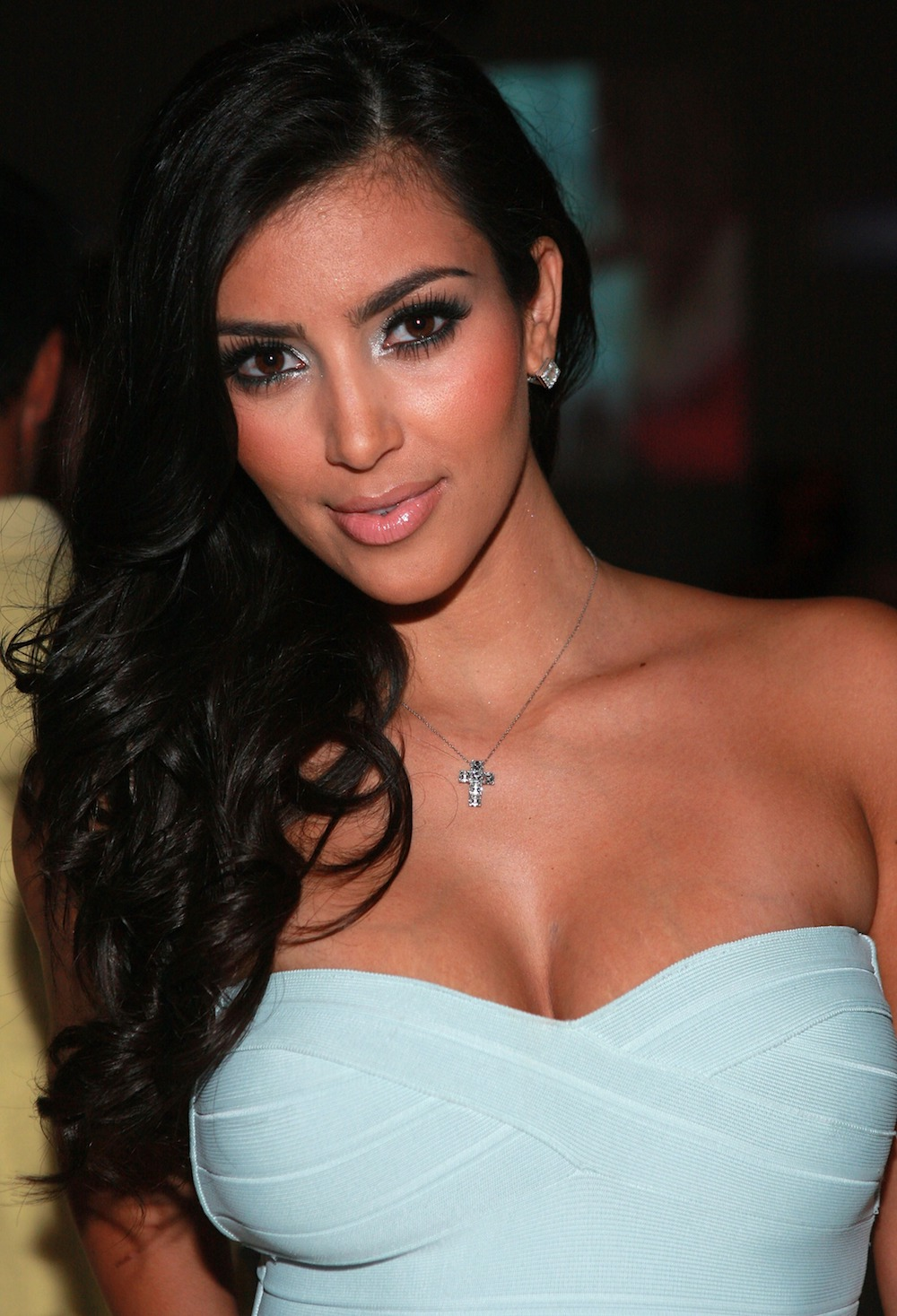 kim-k-necklace-small.jpg