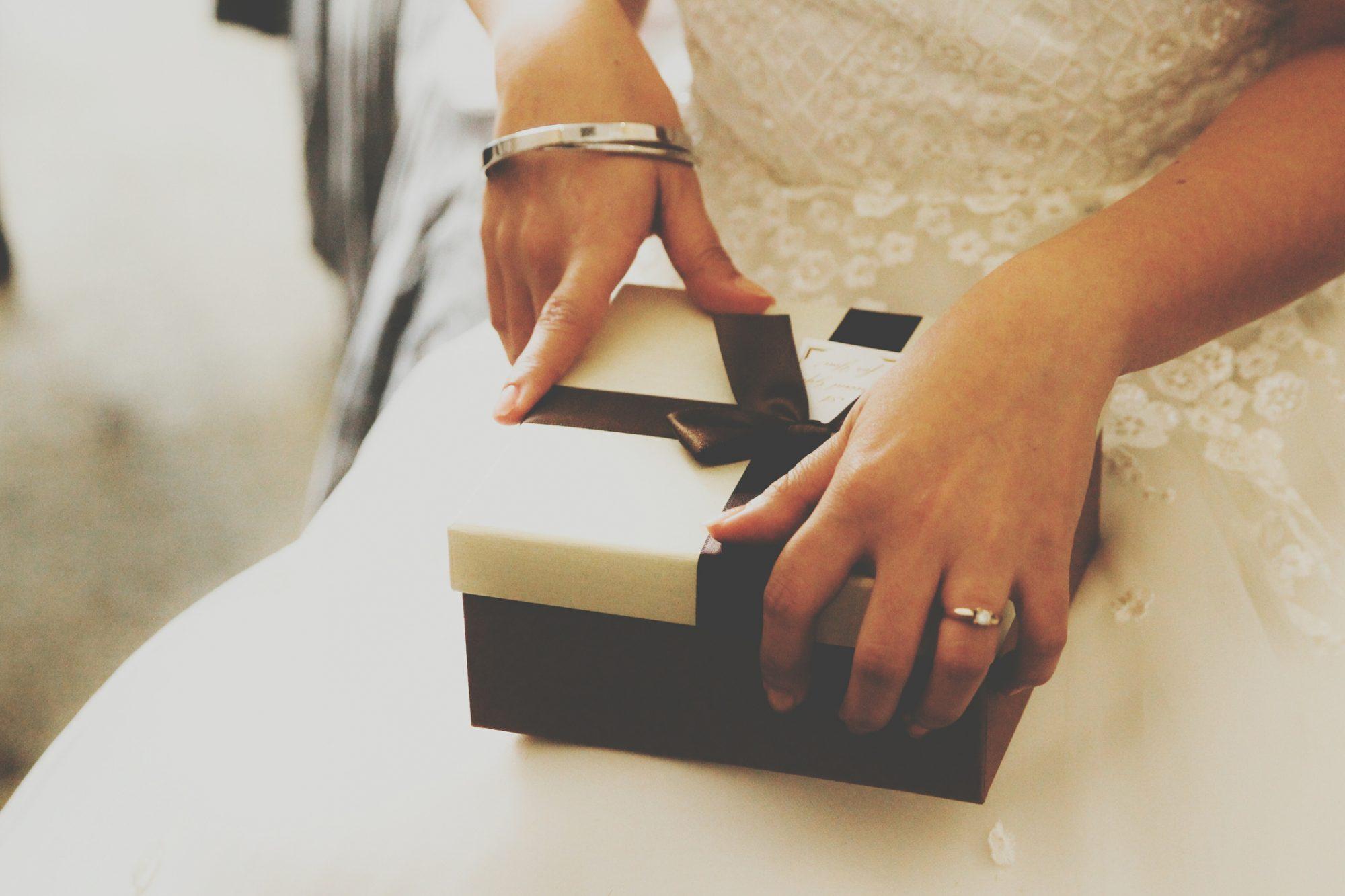 wedding gift ideas for millennials
