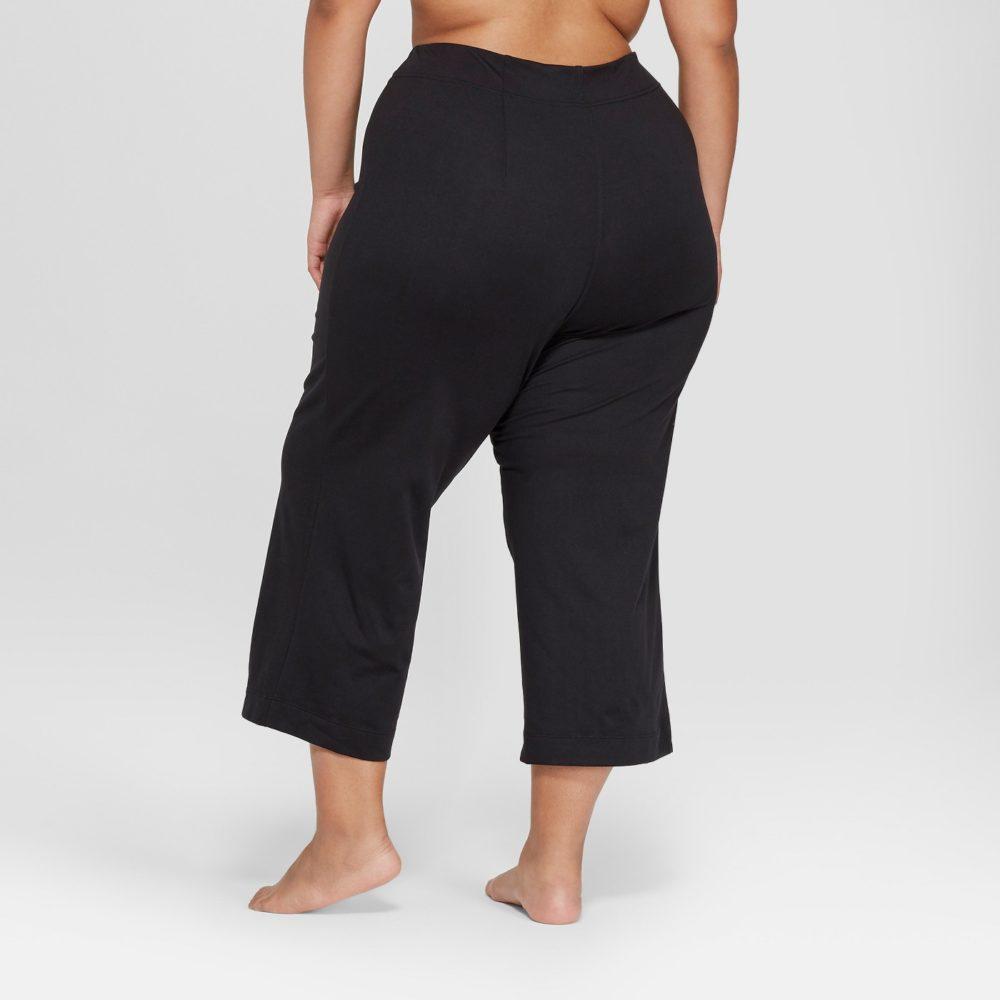 plus-size-yoga-e1546894425456.jpeg