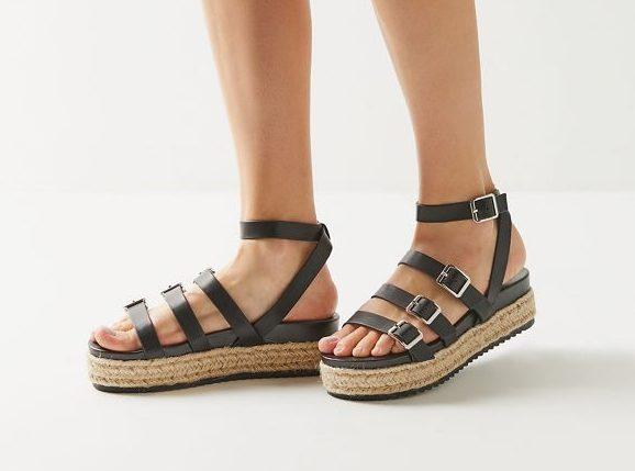 UO-sandals-e1554235149530.jpeg